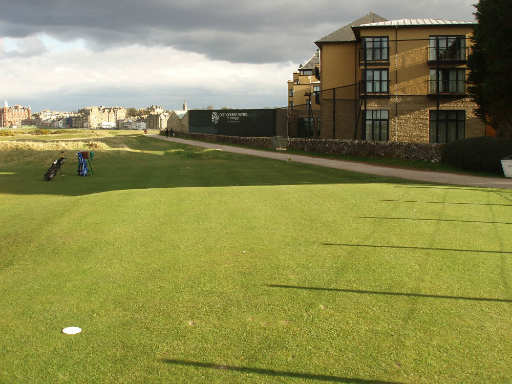 17th tee on the Old Course at St Andrews