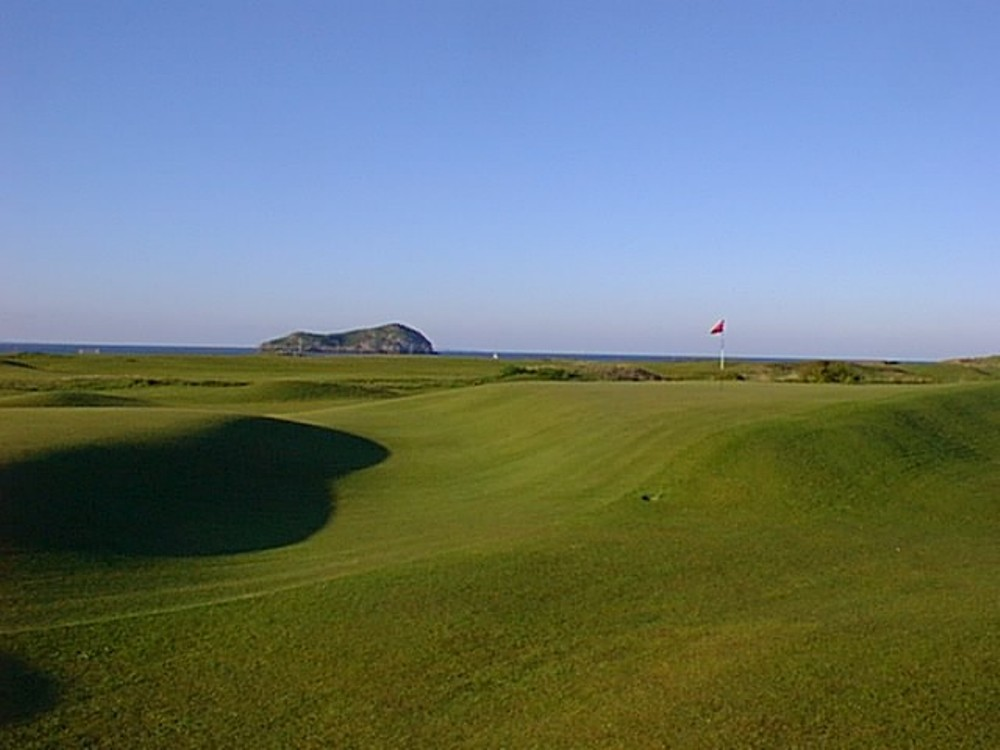 Undulated 16th green at North Berwick