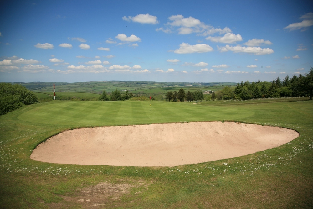 Large green on the Carmarthen golf course