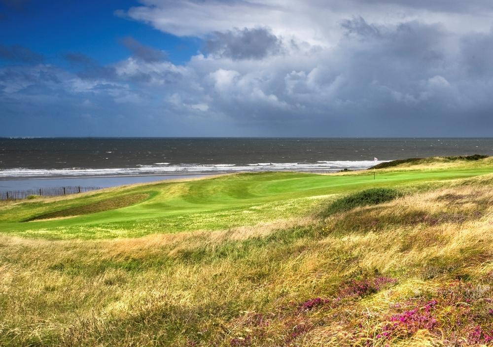 Seaside hole on the Royal Porthcawl golf course