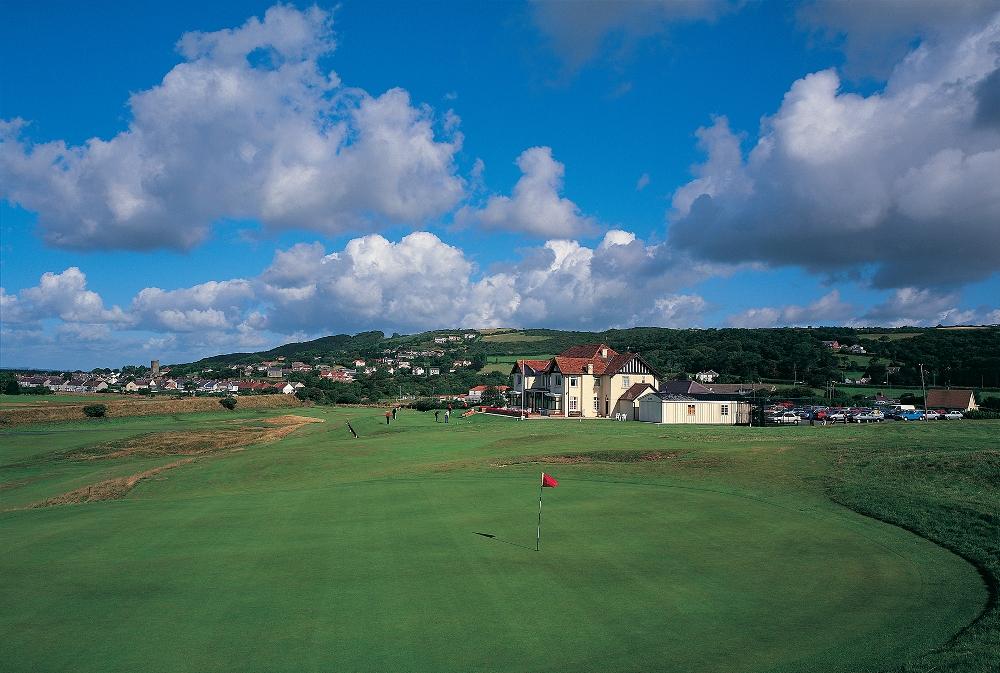 Large green at Ashburnham golf course