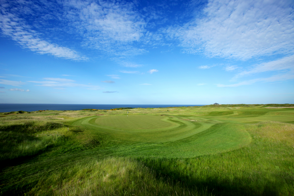 15th hole at the Torrance Golf Course at Fairmont St Andrews