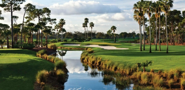Green et point d'eau sur le PGA National