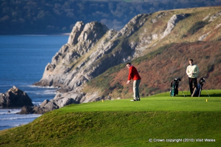 Elevated tee on Pennard golf course