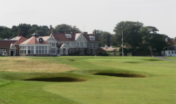 18th hole and the clubhouse at Muirfield