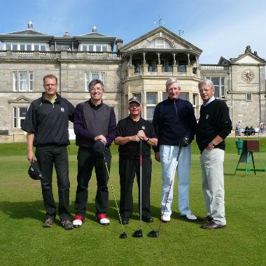 Golfspielern beim R&A in St Andrews