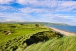 Machrihanish Dunes hole next to the beach