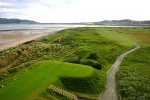 Tee sobre el campo de golf de Conwy