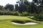 Large green et bunker  sur le golf de Penha Longa proche de Lisbonne